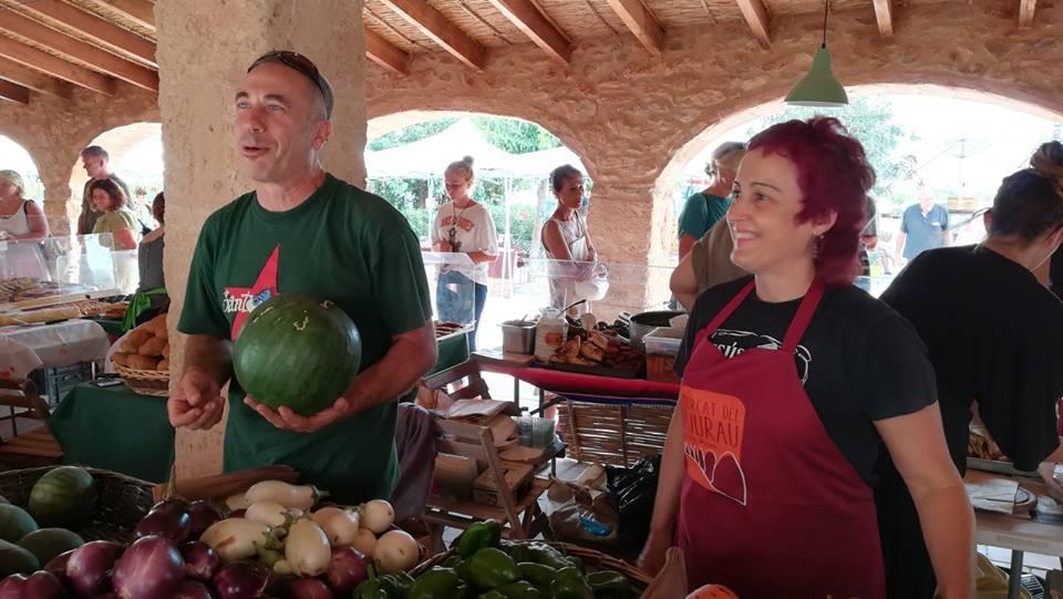 Venda d'hortalissa i fruita